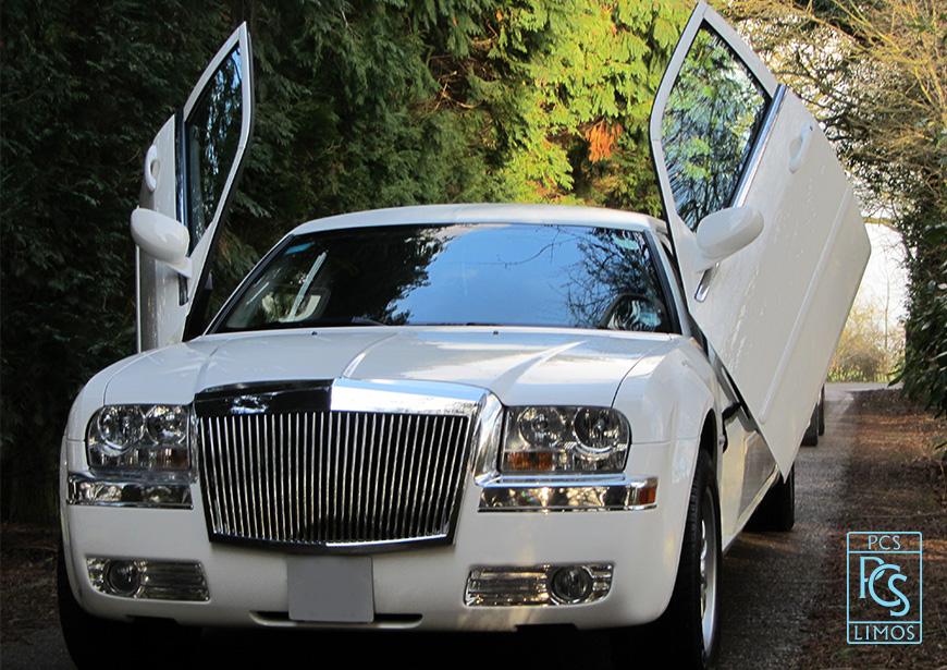 chrysler limousine baby bentley | white limo hire | chrysler 300