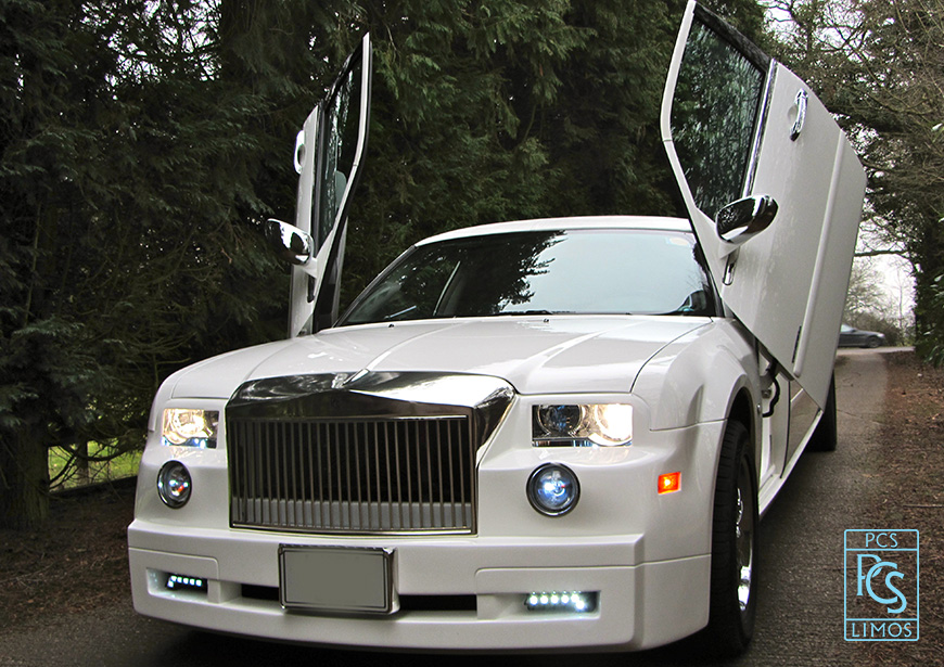 Rolls Royce For Hire >> White Rolls-Royce Phantom Style Limousine